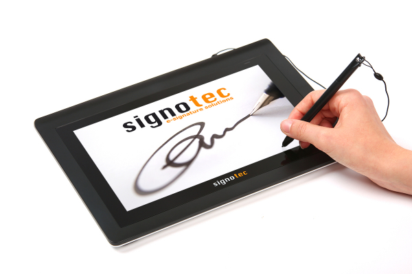 signotec Delta with hand